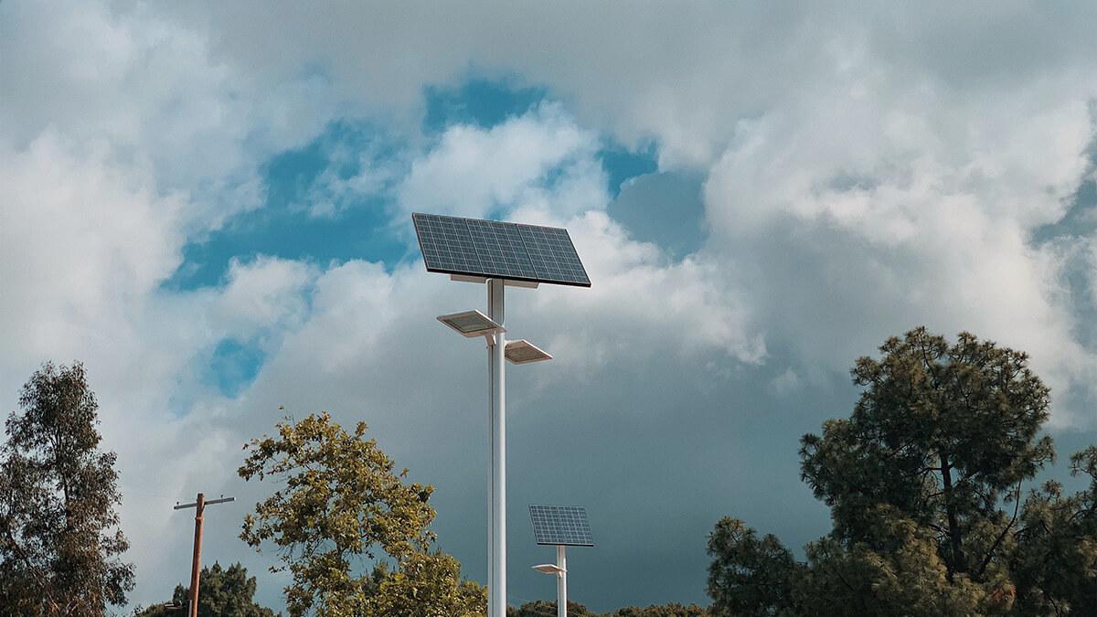 solar street light business
